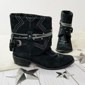 Naughty Monkey Theodore Belle boots foldover black